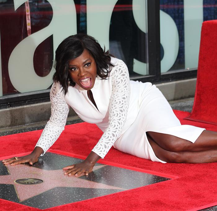 Actress+Viola+Davis+poses+on+her+star+on+the+Hollywood+Walk+of+Fame+during+ceremonies+Jan.+5.+%28Photo+by+Tyrone+Cole%3B+wave+newspaper%29