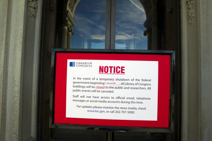 A sign in front of the Library of Congress proclaims the government shutdown. Photo via The Daily Campus.