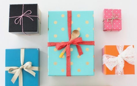 Gifting Under $15: An Affordable Holiday Gift Guide
